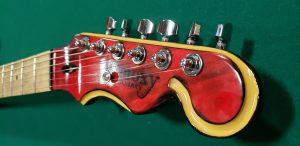Moxy Gitars The Apprentice Headstock